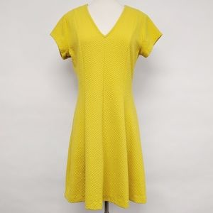 banana republic | short sleeve textured dress sz 6
